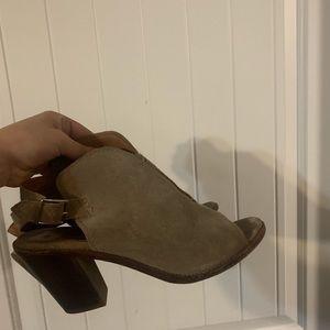 Women's chunky Frye heels